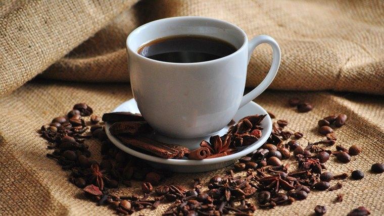 雑味の強いコーヒー