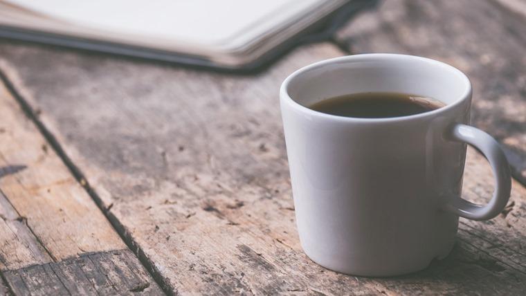 時間が経って酸化したコーヒー